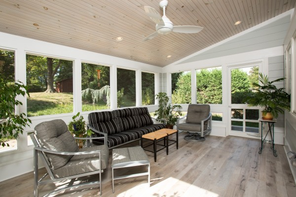outdoor living: screened back porch