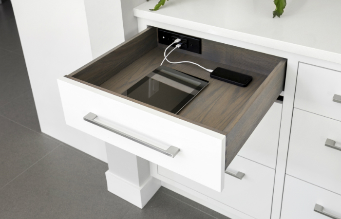 Docking Drawer Style Drawer Outlets